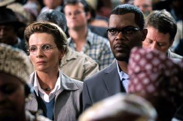 รีวิวเรื่อง IN MY COUNTRY (2005)